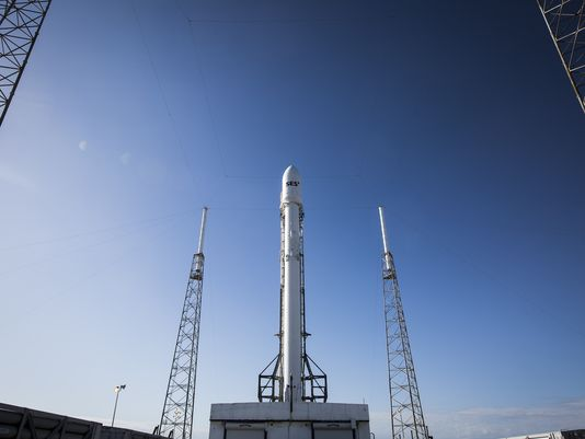 SpaceX calls off rocket launch at last minute