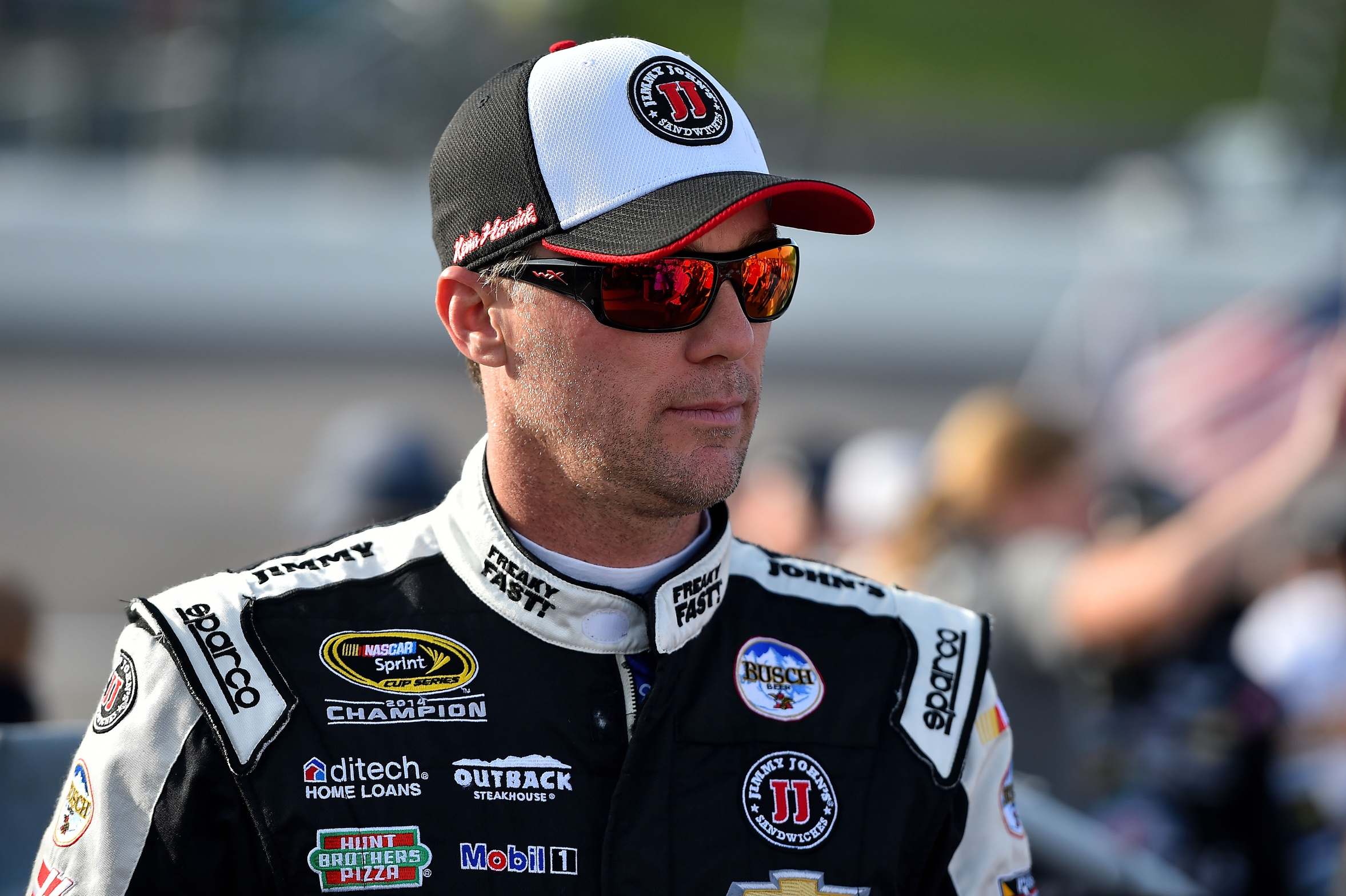 Stewart-Haas Racing Signs Kevin Harvick to Long Term Deal