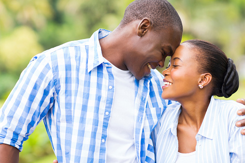 how to flirt without making it obvious yahoo If you often feel awkward af trying to flirt (wtf does that word even mean, really) it will make him think of you in a sexual way.